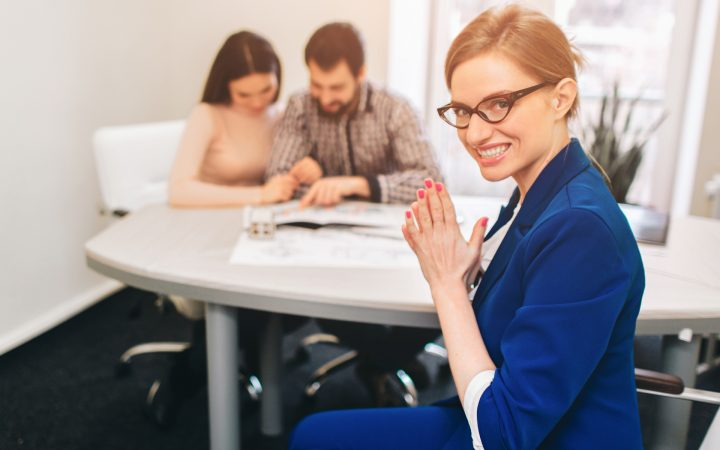 10 советов, как отличить честных продавцов квартир от мошенников_6007c573da742.jpeg