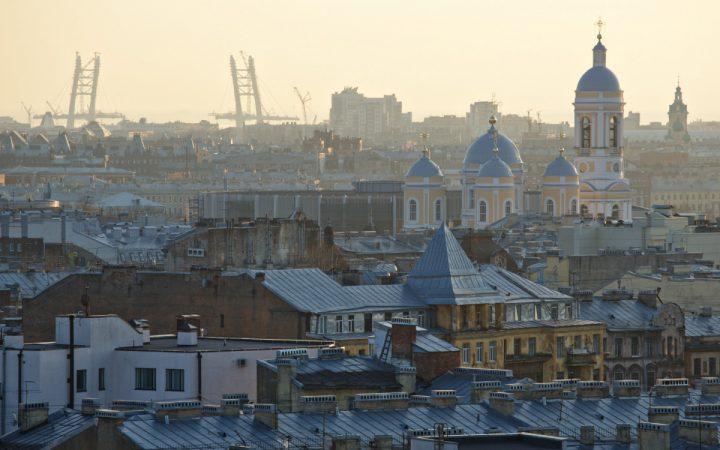 Аналитики назвали города, обогнавшие Москву по росту цен на жилье_6100f0aa4f642.jpeg