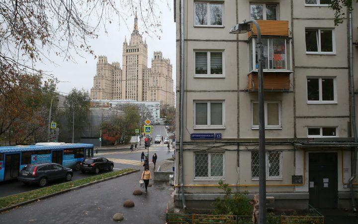 Аналитики назвали города России с самыми дорогими пятиэтажками_6052ebbec37d0.jpeg