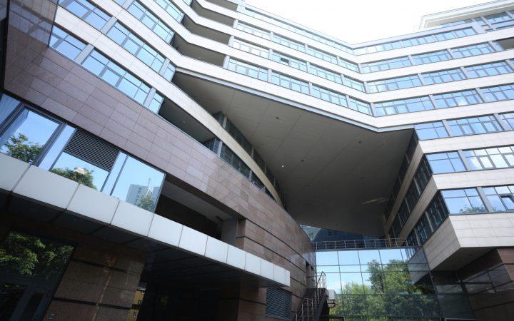 Аналитики сообщили о скачке цен на апартаменты в Москве_600fae3b2704f.jpeg