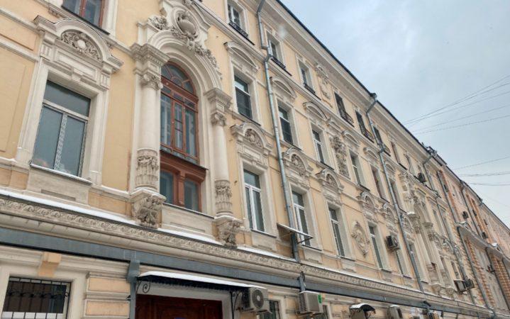 Бережно к истории: как в Москве реставрируют жилые дома-памятники_60373bcc85362.jpeg