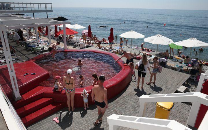 Эксперты назвали курорты Крыма с самой дешевой арендой жилья_60e3f06f32b8e.jpeg
