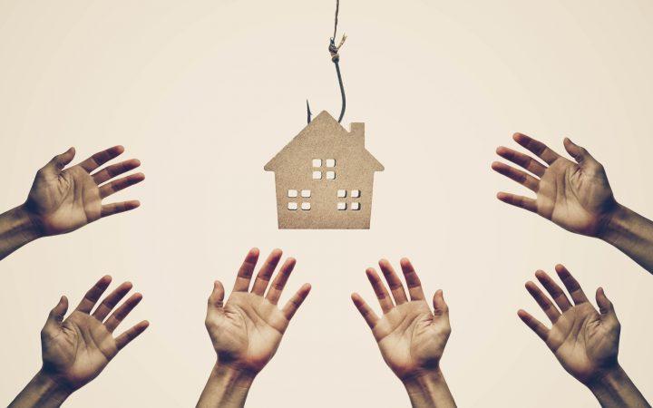 Мошенничество с недвижимостью: как россиян оставляют без денег и жилья_5fd1b89c88d0d.jpeg
