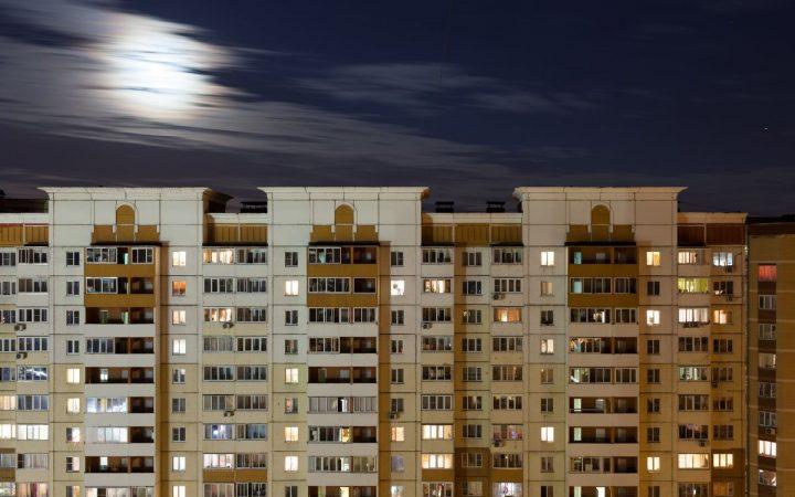 Москве предсказали 10% роста цен на аренду жилья_5fcf1541bdb93.jpeg