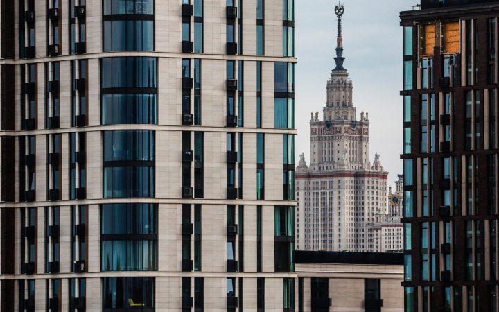 Покупатели из регионов стали чаще покупать квартиры в новостройках Москвы_5fc094a7ec089.jpeg