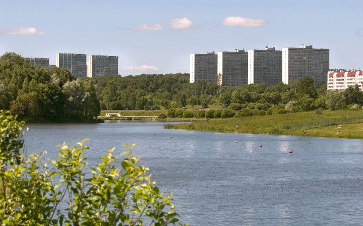 Риелторы назвали округа Москвы с самым дешевым жильем_6094d64576206.jpeg