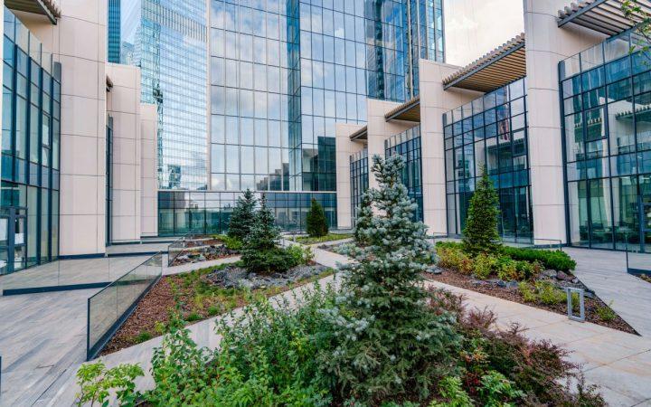 Таунхаусы в небоскребе: как выглядит новый формат недвижимости в Москве_6062bcac5496f.jpeg