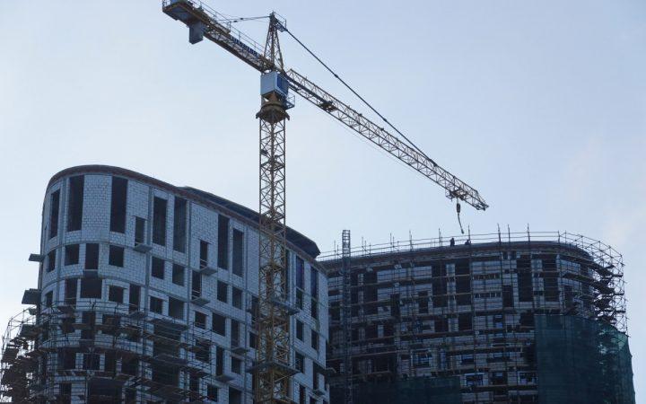 В «Авито» назвали города России с максимальным ростом цен на жилье_60e693260260c.jpeg