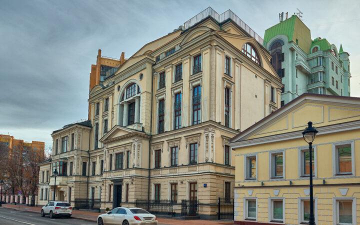 В центре Москвы продали рекордное число элитных квартир в новостройках_5f9e8b19c4083.jpeg